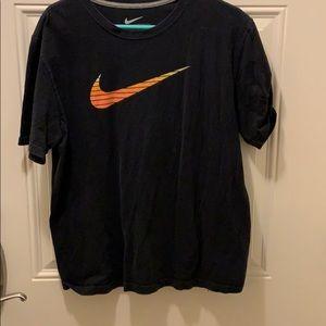 Nike Shirts - Nike tshirt